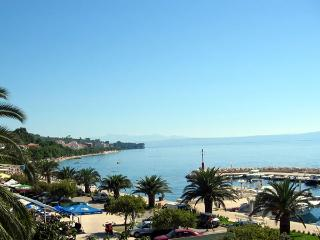 Apartment (2+1) center, seaview, near beach nr.4 - Tucepi vacation rentals
