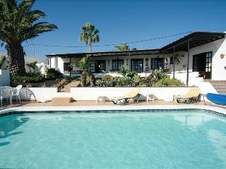 Charming 4 bedroom Macher Villa with Internet Access - Macher vacation rentals