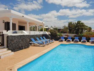 Charming Villa with Internet Access and Mountain Views - Playa Blanca vacation rentals
