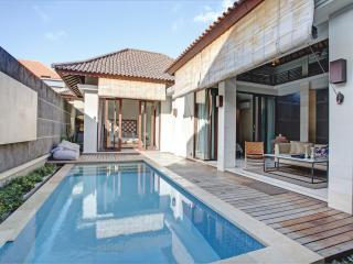 Delight 2BR Villa, Center Seminyak - Seminyak vacation rentals