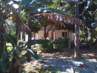OCEAN GARDEN, House,2 bedrooms, 2 private bathroom - Long Bay vacation rentals