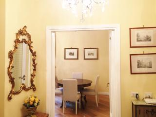 Casa Vacanza Melinda, charm in the center of Rome - Rome vacation rentals