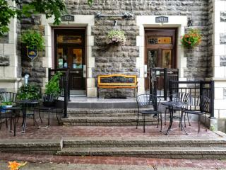 White Suite (University Bed & Breakfast) - Montreal vacation rentals