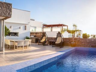 Villa in Costa Adeje, Habitats del Duque - Costa Adeje vacation rentals
