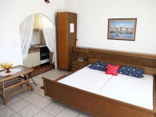 TH03431 Apartments Bionda / Studio A1 - Omis vacation rentals