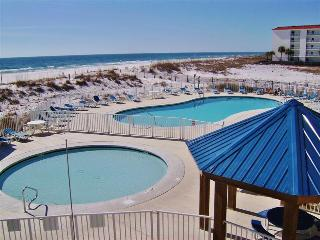 Immaculate Orange Beach Studio Condo w/Balcony & Complex Pool Access - Walking Distance to the Beach & Gulf Shores State Park! Only 30 Minutes from Pensacola - Orange Beach vacation rentals