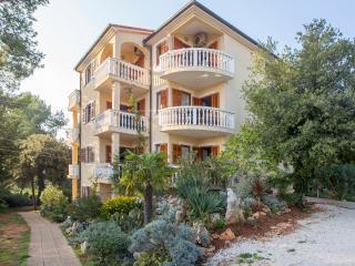 TH00218 Apartments Mira / One bedroom A2 - Banjole vacation rentals