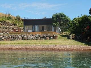 2 bedroom House with Parking in Kerikeri - Kerikeri vacation rentals