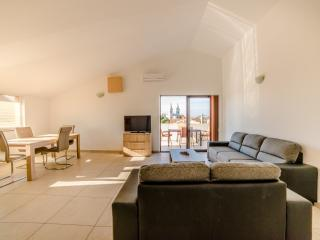 TH00425 Apartments Orange / Exclusive one bedroom apartment A1 - Medulin vacation rentals