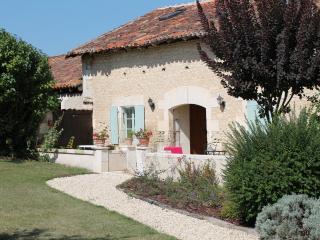 Le Chai, Manoir de Longeveau - Dordogne Region vacation rentals