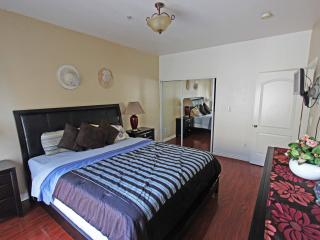 $125/day, 2BR/2BA Townhouse near north hollywood - Los Angeles vacation rentals