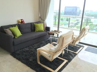 2 rooms available In condo with friendly hosts - Singapore vacation rentals