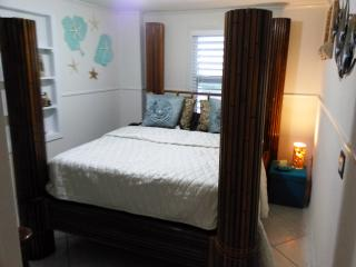 2 BEDROOM HOUSE WITH PLAYROOM - Big Pine Key vacation rentals