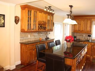 Quaint and immaculate 3 br duplex! - Greenwich vacation rentals