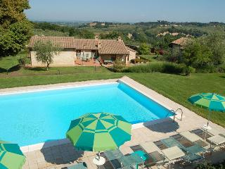 Nice 2 bedroom House in Poggibonsi - Poggibonsi vacation rentals