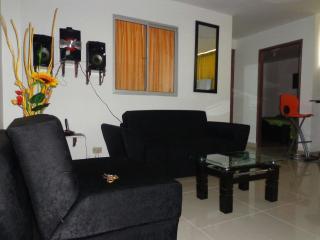 4 BEDROOMS SPACIOUS HOUSE IN ESTADIO - Medellin vacation rentals