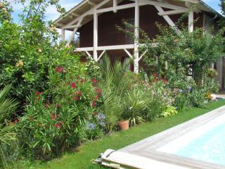 "Chambre d 'hote""Les Arums de Fondeminjean estuaire - Vertheuil vacation rentals"