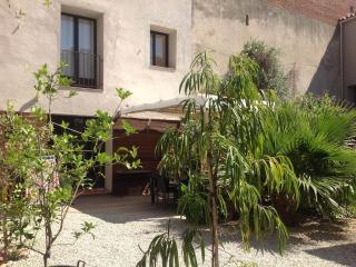 Grande maison avec jardin et bassin de baignade - Torreilles vacation rentals