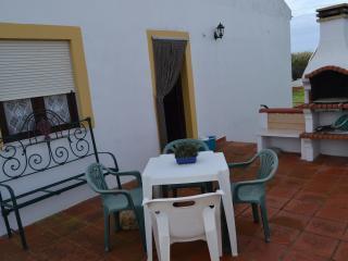 Casa S. José com terraço - Vila Nova de Milfontes vacation rentals