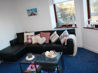Beach Point, 2 bedroom seaside apartment in North Berwick - North Berwick vacation rentals