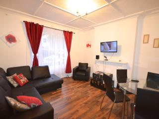Central in Shepherds Bush w12 Coningham 1 - London vacation rentals