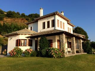 3 bedroom Villa with Internet Access in Tsagarada - Tsagarada vacation rentals
