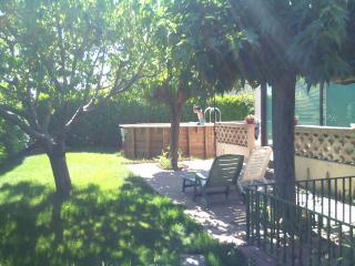 villa 90m2 proche Nimes Montpellier Mer Camargue - Vestric-et-Candiac vacation rentals