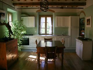 Residenza Fra le Torri - Arezzo vacation rentals
