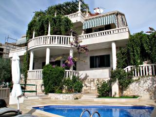 Peacefully located elegant stone villa Nino - Cove Puntinak (Selca) vacation rentals