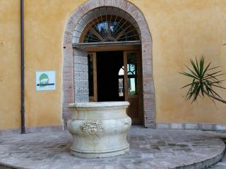 Agriturismo Arco Antico ed area camper - Gattatico vacation rentals