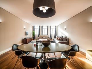 Go2oporto @Cardosas Luxury - Porto vacation rentals
