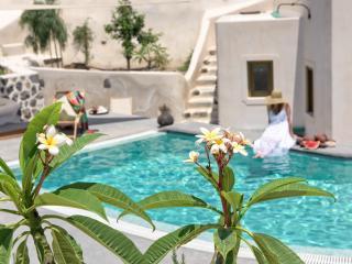 Comfortable 2 bedroom Villa in Emporio - Emporio vacation rentals