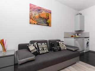 Royal Town Apartments CzapskichOrange - Old Town - Krakow vacation rentals