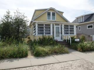 Centrally Located Family Get Away That's Neat - Lavallette vacation rentals