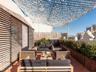 Luxury Central Penthouse 2 terraces & 2 bedrooms - Barcelona vacation rentals
