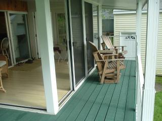 1000 Island Cottage on Goose Bay - Redwood vacation rentals