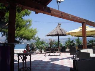 Studio apartment with huge terrace 3+1 - Mastrinka vacation rentals