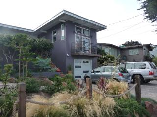 Modern Beach House, Aquarium passes included - Pacific Grove vacation rentals