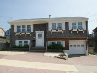 Lavallette Beach House - 4 Magee Ave - Ground floor - Lavallette vacation rentals