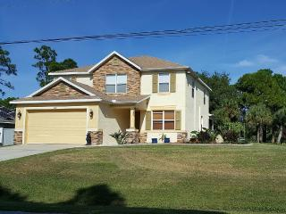 Near Gulf Beaches Family and Pet Friendly - North Port vacation rentals