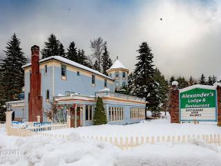 Alexander's Lodge & Restaurant At Mt Rainier - Ashford vacation rentals