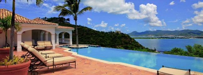 Villa Alizes 5 Bedroom SPECIAL OFFER - Terres Basses vacation rentals