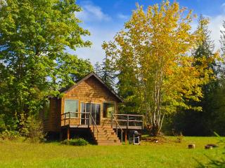 Romantic 1 bedroom Cottage in Port Angeles - Port Angeles vacation rentals