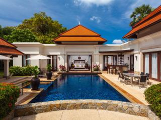 Stunning 4-bed pool villa, excellent location - Bang Tao Beach vacation rentals