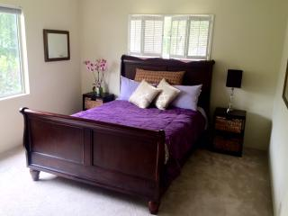 Comfortable House with Deck and Internet Access - Santa Barbara vacation rentals