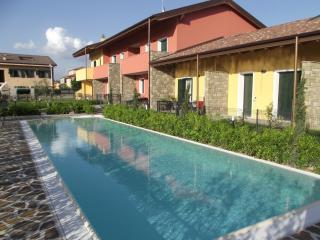 Beautiful Condo with Television and Balcony in Peschiera del Garda - Peschiera del Garda vacation rentals