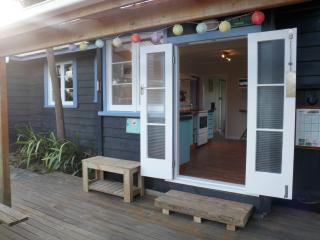 Beautiful 4 bedroom Cottage in Tolaga Bay - Tolaga Bay vacation rentals