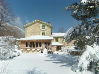 Nice House with Internet Access and Washing Machine - Leoncel vacation rentals