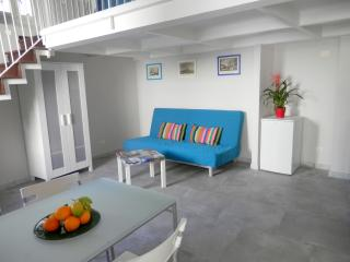 DREAMING GUEST HOUSE SMERALDO APARTMENT - Meta vacation rentals
