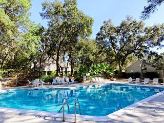 Racquet Club 2326, 1 Bedroom, Large Pool, Tennis, Sleeps 4 - Hilton Head vacation rentals